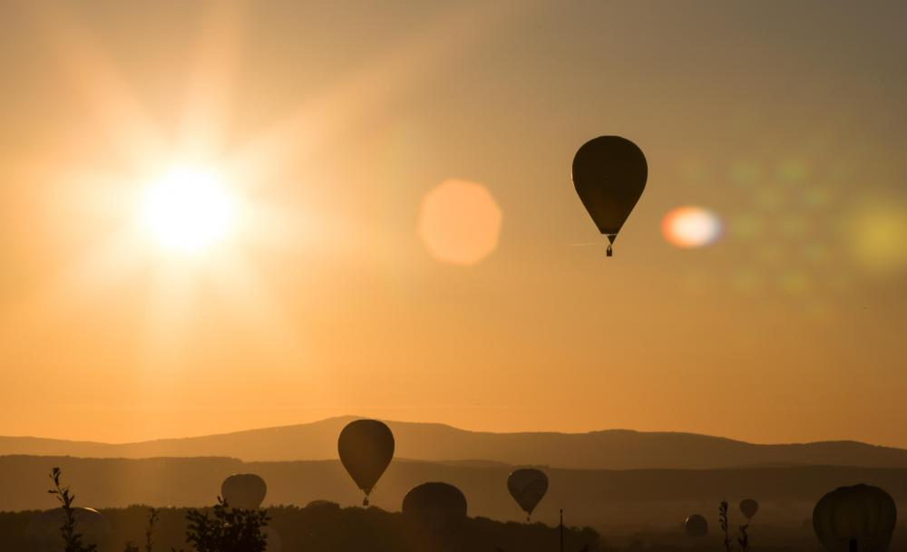 Take a hot-air balloon flight in the Algarve
