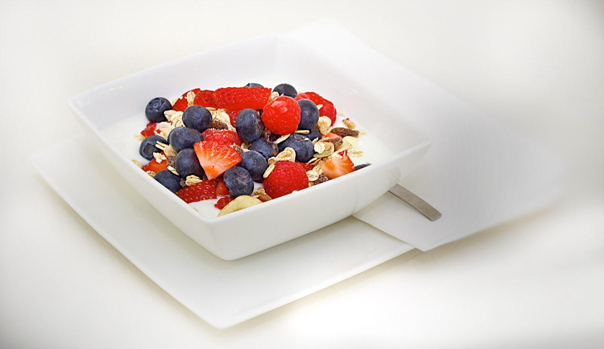 Healthy yoghurt with muesli for lunch.